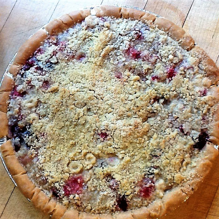 homemade currant pie