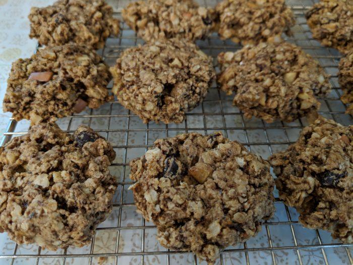 Apple Oatmeal Raisin Cookies